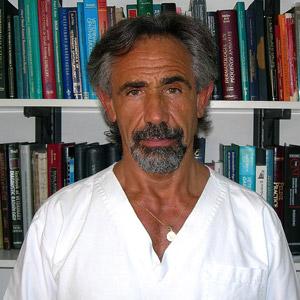M.V. Daniel H. De Simone